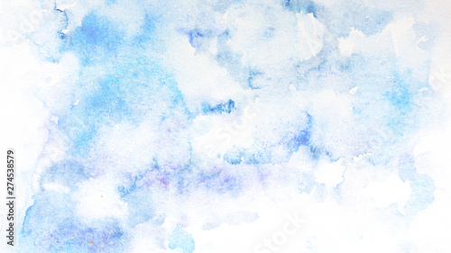 Foto  acquerello nuvole cielo azzurro sfondo