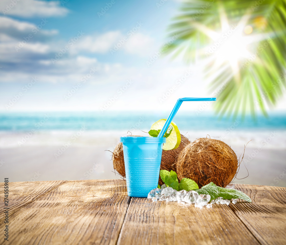 Fototapety, obrazy: Summer drink and beach landscape