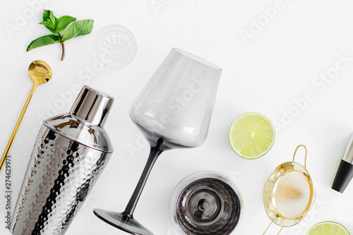 Valokuva Set of bar accessories for cocktail making