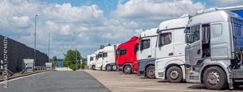 Fotografía Logistik LKW auf dem Rastplatz Autobahn