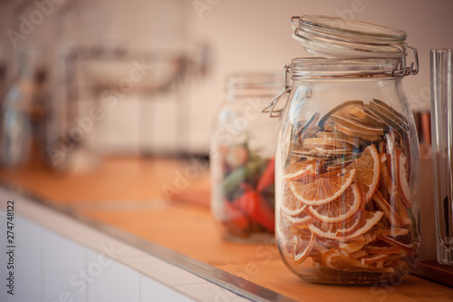 Cadres-photo bureau Pays d Europe Dry lemon slices in jar