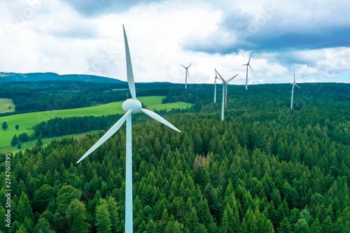 Windpark im Schwarzwald Canvas-taulu