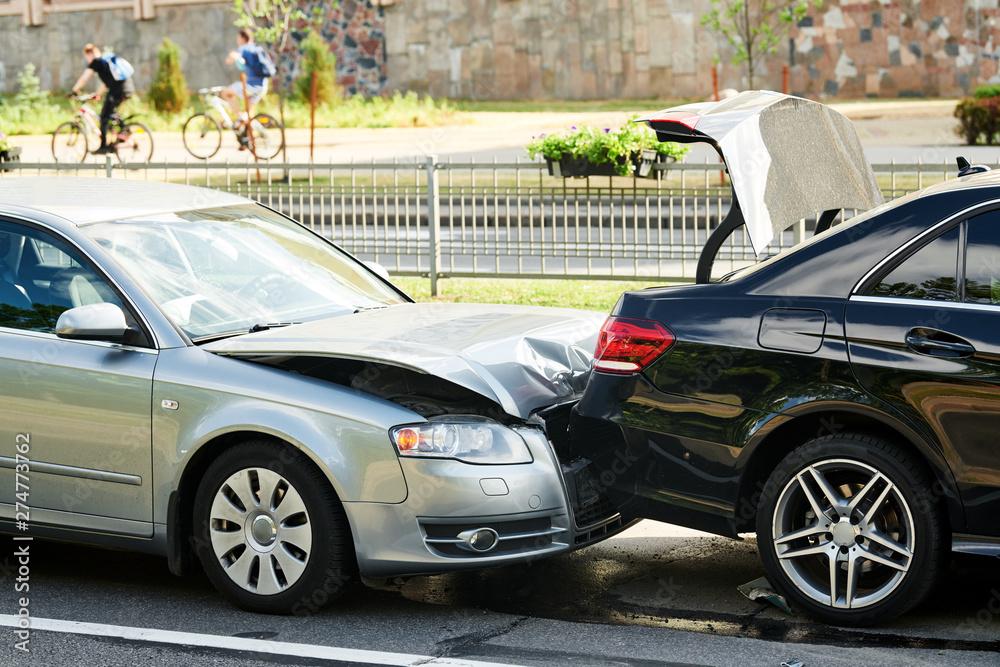 Fototapety, obrazy: car crash accident on street. damaged automobiles