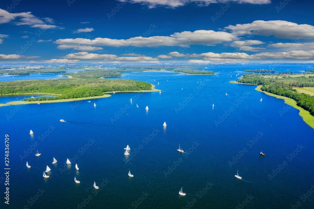 Fototapety, obrazy: Mazury-yachts to Lake Kisajno in Giżycko