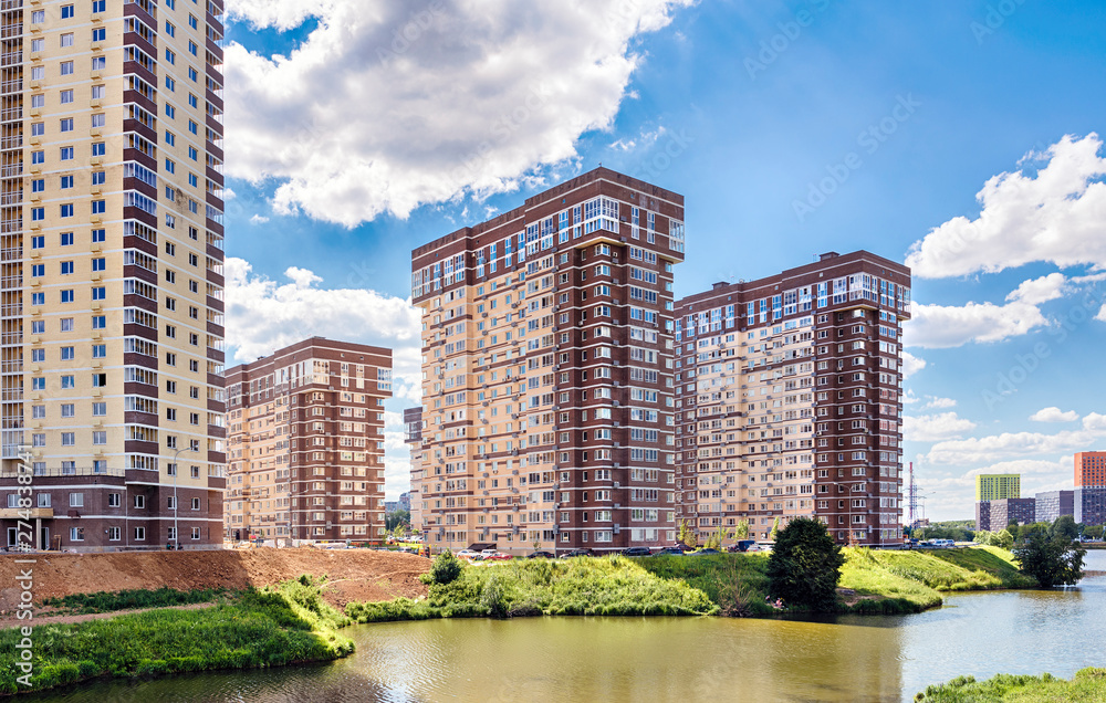 Fototapety, obrazy: Moscow. June 19, 2019. Setunka River. View of new residential complexe Tatianin Park