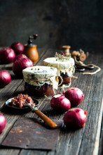 Homemade Tasty Canned Onion Re...