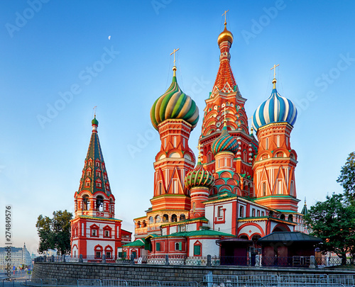 Poster Moscow Moscow, Russia - Red square view of St. Basil's Cathedral at sunrise, nobody