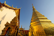 Wat Phra That Cho Hae Beautiful Golden Pagoda, Thailand