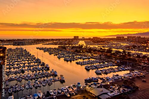 Photo  Aerial view of the Marina del Rey seaside community in Los Angeles
