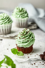 Chocolate Cupcakes With Mint Cream