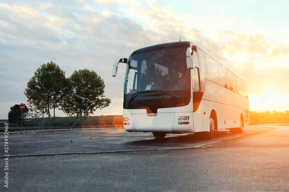 Fototapety, obrazy: Bus parked on the road