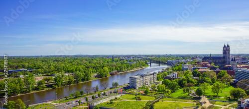 Fotografía  View across Magdeburg, the capital city of Saxony Anhalt