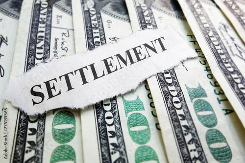 Fotografie, Obraz Legal settlement money