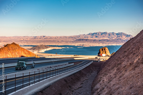Fotografia  lake mead views on a sunny day