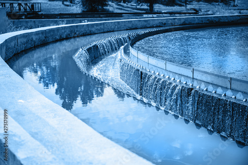 Valokuvatapetti Tanks or reservoirs for aeration and purification or cleansing sewage liquid wit