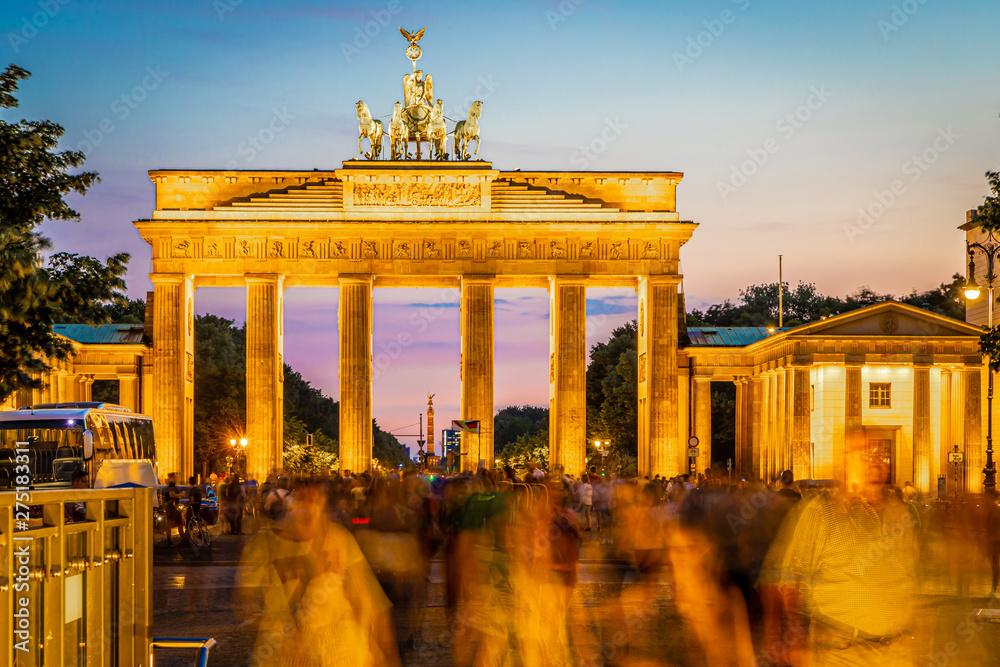 Fototapety, obrazy: Brandenburg gate after the sunset in summer, Berlin