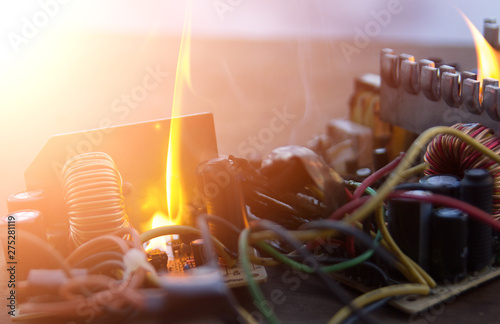 Photo electric appliance, broken, fire, wire on fire. short circuit.