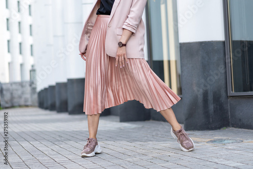 Peach colored A Line Pleated Skirt Fototapeta