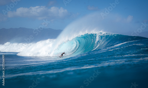 Foto  pulling into the barrel