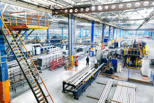Fotografia Factory constructions, industry technology, manufacturing iterior, production li