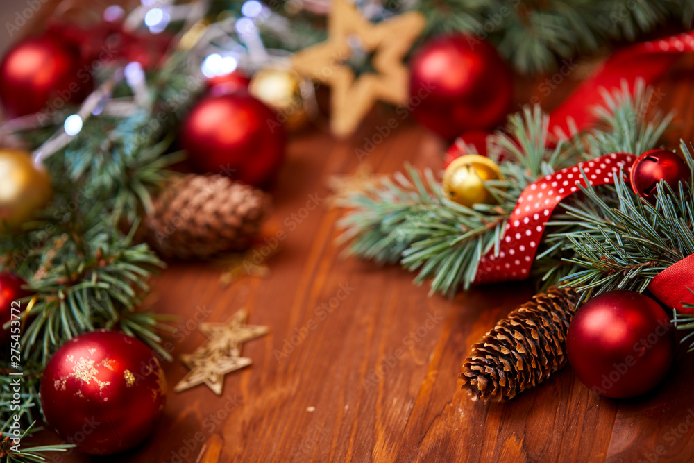 Fototapety, obrazy: christmas wreath with red and golden balls