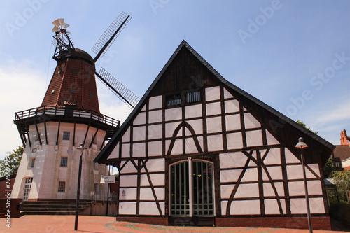 Peine; Töpfers Mühle im Herzen der Stadt Canvas Print