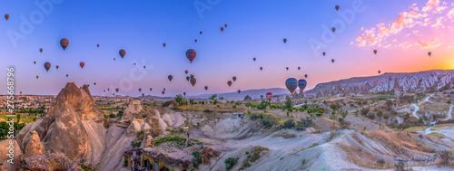 Foto auf AluDibond Dunkelbraun Volando all'alba
