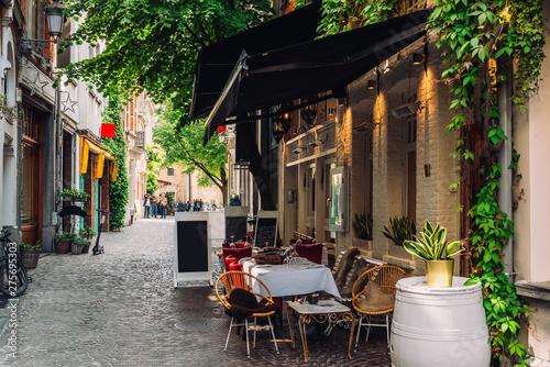 Foto op Plexiglas Antwerpen Old street of the historic city center of Antwerpen (Antwerp), Belgium. Cozy cityscape of Antwerp. Architecture and landmark of Antwerpen
