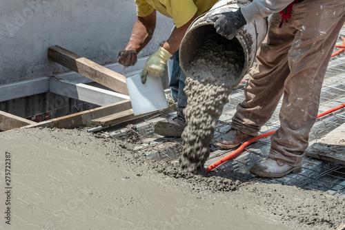Obraz na plátně  Pouring concrete at a construction site