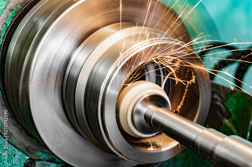 Valokuva Metal grinding, internal grinding with an abrasive wheel on a high-speed spindle of a circular grinding machine