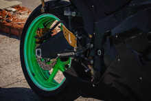Sports Bike Black With Green W...