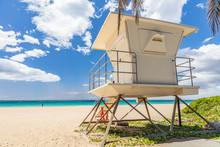 Beach Lifeguard House On Hawai...
