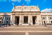 Milano Centrale Railway Station, Milan