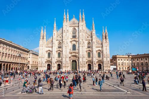 Obraz na plátně Duomo di Milano Cathedral, Milan