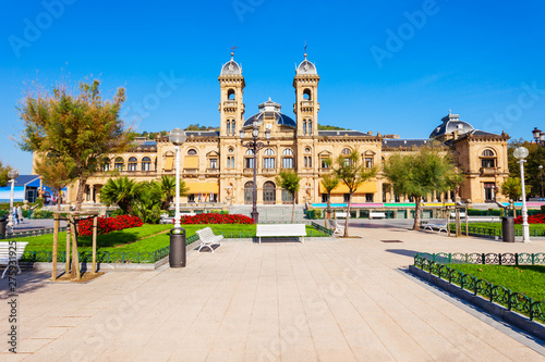 Obraz na plátně  San Sebastian City Hall, Spain