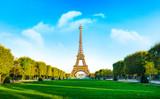 Fototapeta Fototapety z wieżą Eiffla - Champ de Mars