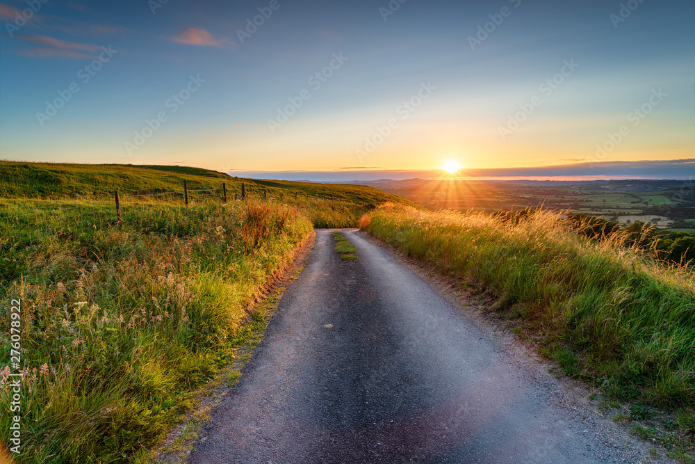 Fototapety, obrazy: Summer sunset from Eggarton Hill