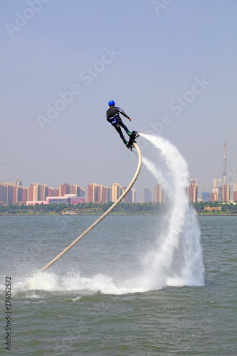 Poster Nautique motorise water jetting special effects performance, tangshan city, hebei province, China