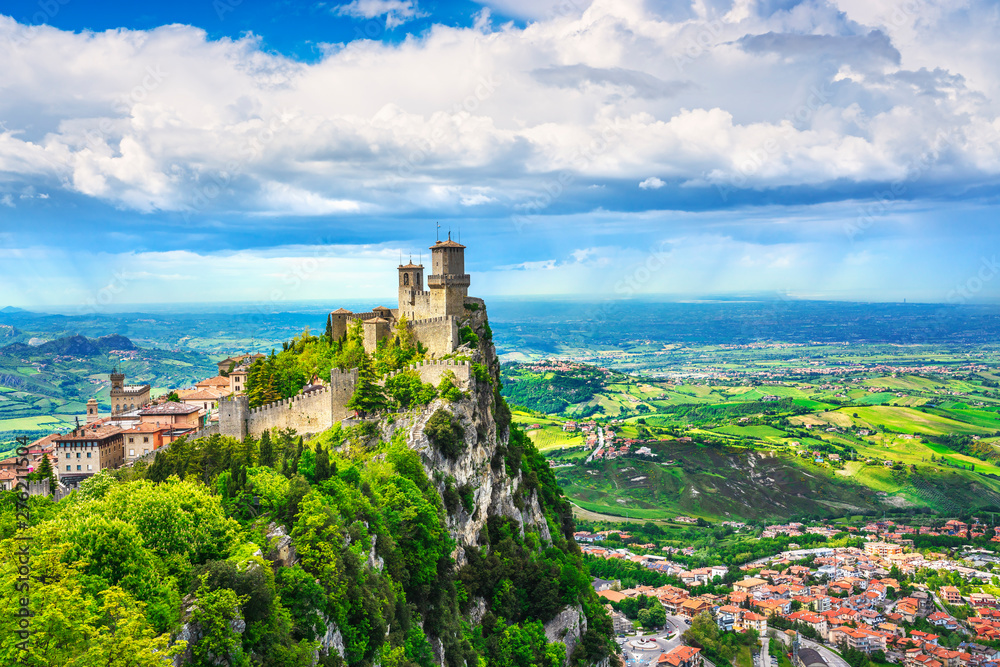 Fototapety, obrazy: San Marino, medieval tower on a rocky cliff and panoramic view of Romagna