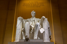 View Of Lincoln Statue In The ...