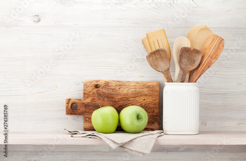 Poster Individuel Set of various kitchen utensils