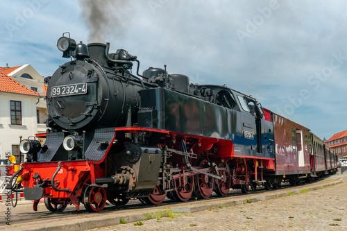 Obraz na plátně ancient steam railway engine Molli in Bad Doberan