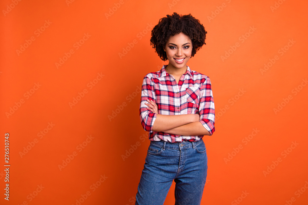 Fototapety, obrazy: Portrait of her she nice-looking attractive winsome lovely cheerful cheery wavy-haired lady wearing checked shirt folded arms good day isolated on bright vivid shine orange background