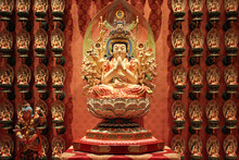 Buddhist Temple (Buddha Tooth Relic) In Singapore