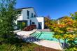 canvas print picture - Einfamilienhaus mit Pool, hochwertig