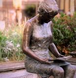 Fototapeta Do pokoju - lectrice du jardin public