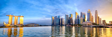 Singapore Skyline Panorama Wit...