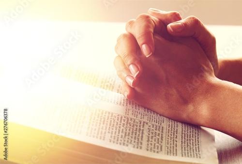 Obraz Praying. - fototapety do salonu