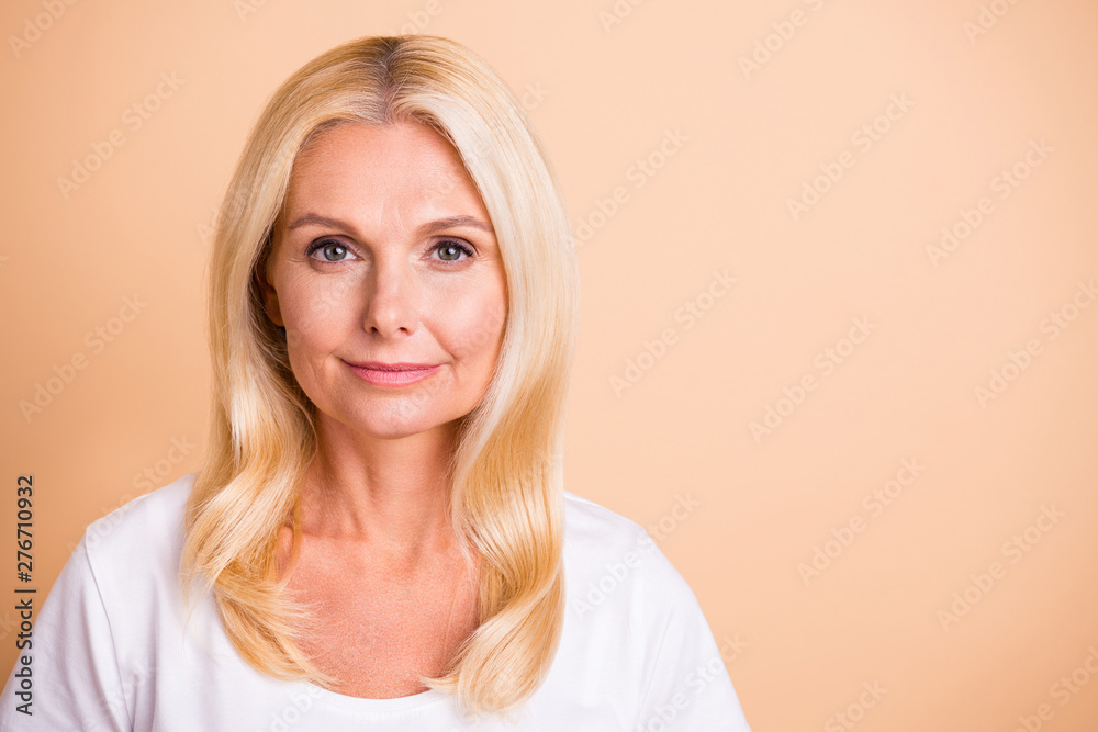 Fototapety, obrazy: Close up photo of middle age lady pretty smiling neat appearance good-looking wear white casual t-shirt isolated pastel beige background