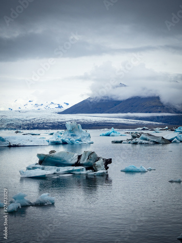 Fotografie, Obraz Iceberg lagoon at Jokulsarlon Iceland